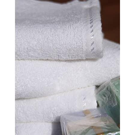 Fashion Hand Towel in White von A&R (Artnum: AR035