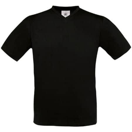 T-Shirt Exact V-Neck in Black von B&C (Artnum: BCTU006