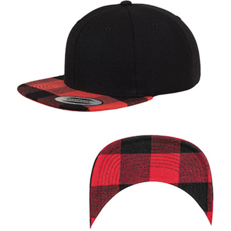 Checked Flanell Peak Snapback Cap in Black|Red von FLEXFIT (Artnum: FX6089FP