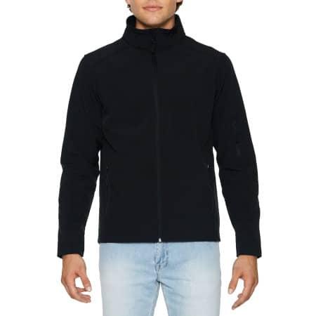 Hammer Unisex Softshell Jacket in Black von Gildan (Artnum: GSS800