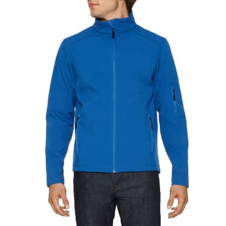 Hammer Unisex Softshell Jacket in Royal von Gildan (Artnum: GSS800