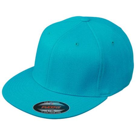 6 Panel Flexfit® Flat Peak Cap in Carribean Blue von myrtle beach (Artnum: MB6184