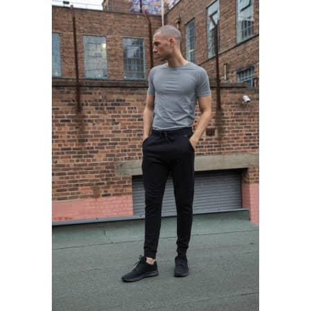 Tech Slim Leg Jogger von Tombo (Artnum: TL680